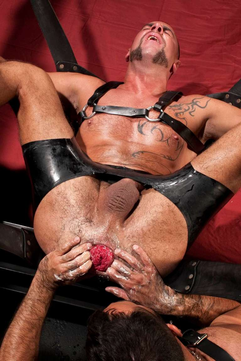 Matthieu Paris Gay Fisting 9